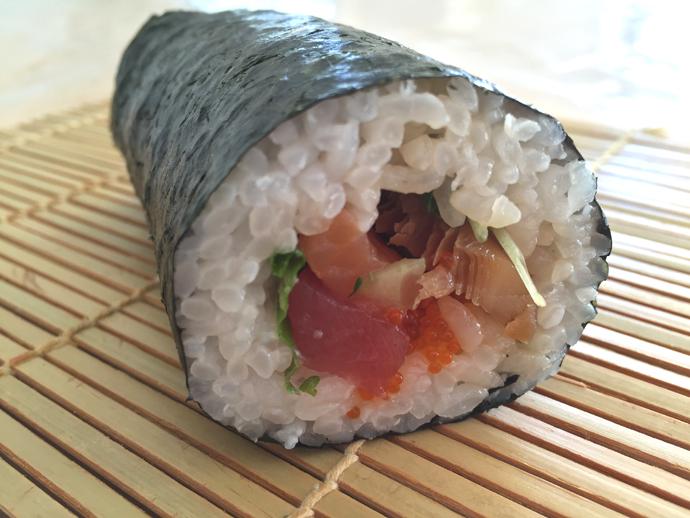 Sushi-roll.jpg